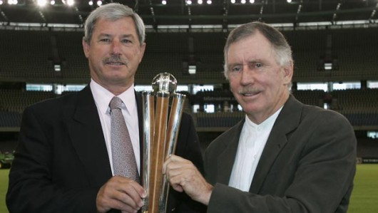 Sir Richard Hadlee (left) and Ian Chappell with the newly-unveiled Chappell-Hadlee Trophy at Telstra Dome on December 3, 2004 in Melbourne, Australia © Getty Images