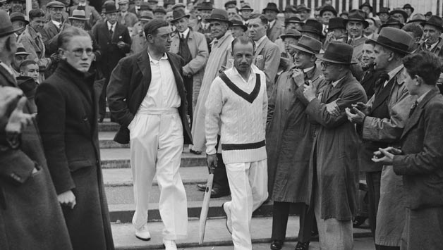 Wally Hammond (in blazer) was not amused when Don Bradman refused to walk. © Getty Images