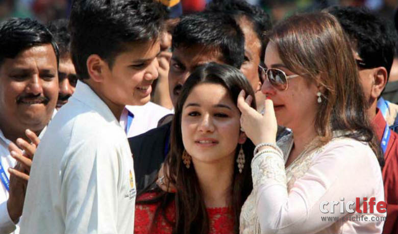 Wife Anjali was moved to tears as Sachin gave his farewell speech.