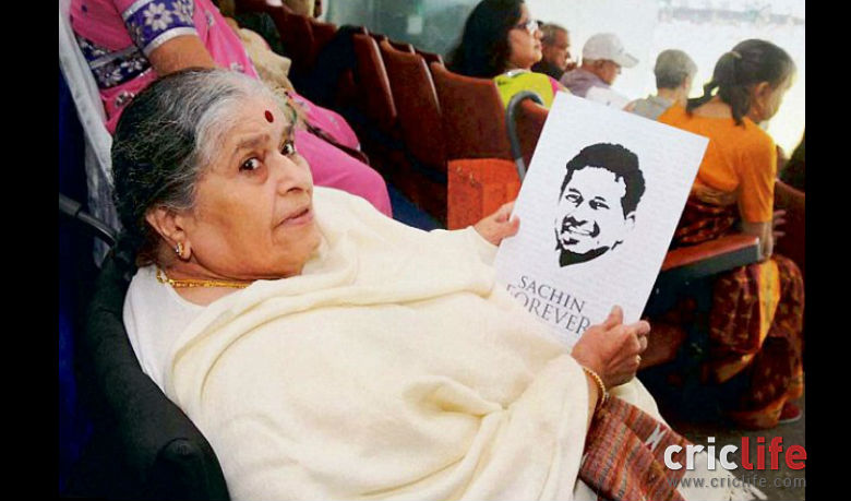 Sachin's mother Rajni Tendulkar watched her son play for the first time from the stadium in his final Test.