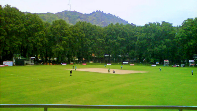 Sher-i-Kashmir stadium was not quite at its partisan best that day. Photo Courtesy: Jammu and Kashmir Cricket Association Google+ account.