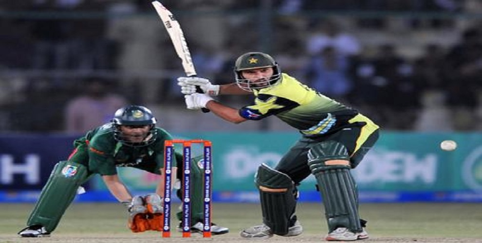 MS Dhoni and other with most sixes as winning shot