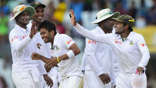 Bangladesh will look to chip early wickets on Day 2    AFP