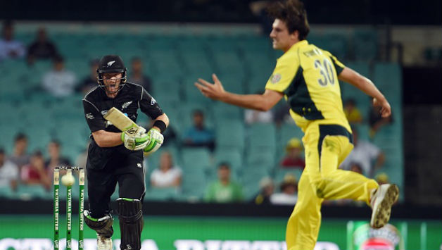 Martin Guptill In Action Against Mitchell Starc Afp
