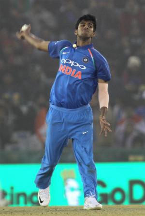 Gifted Washington Sundar Equally Good In Studies Says Father Cricket Country
