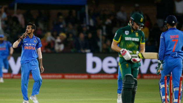 Yuzvendra Chahal gets rid of David Miller, to finish with 2 wickets in the match © AFP