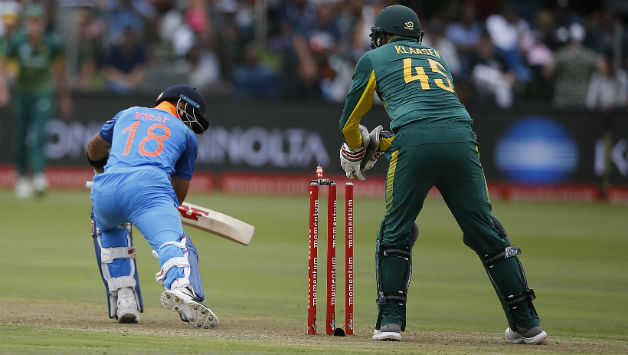 Virat Kohli survived a close stumping call but fell soon to a run out on 36 © AFP