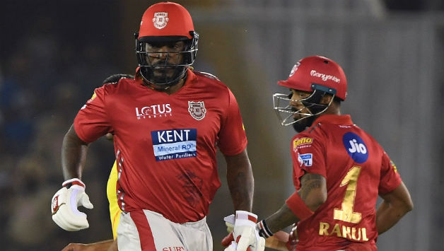 Chris Gayle and KL Rahul added 50 runs in first 5 overs  © AFP