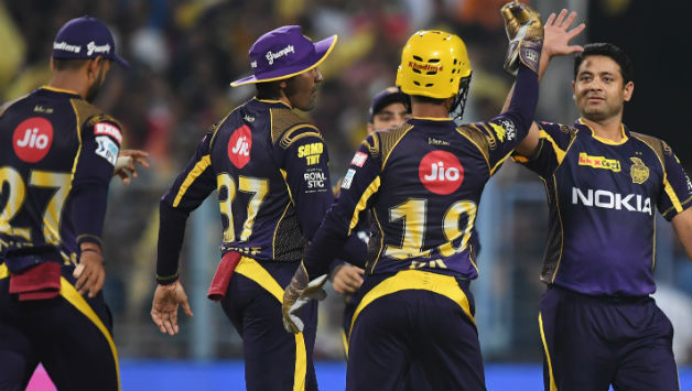 Piyush Chawla pegged Bangalore's flow of runs in the Powerplay © AFP