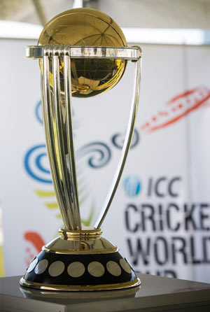 The Cricket World Cup trophy © Getty Images