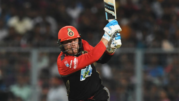 Brendon McCullum scored a brisk 43 for Bangalore. He also surpassed 9,000 T20 runs © AFP