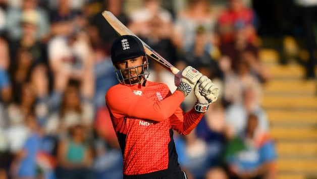 Alex Hales played a match-winning innings of 58 © Getty Images