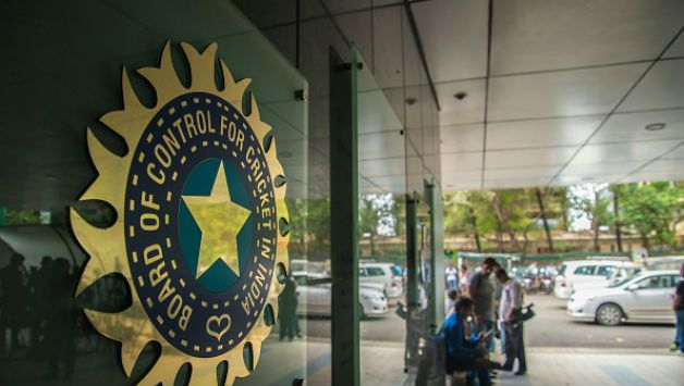 Jatin Paranjape and Gagan Khoda who were removed from the All India Senior Selection Committee in earlier last year, have been reinstated and the along with selection committee