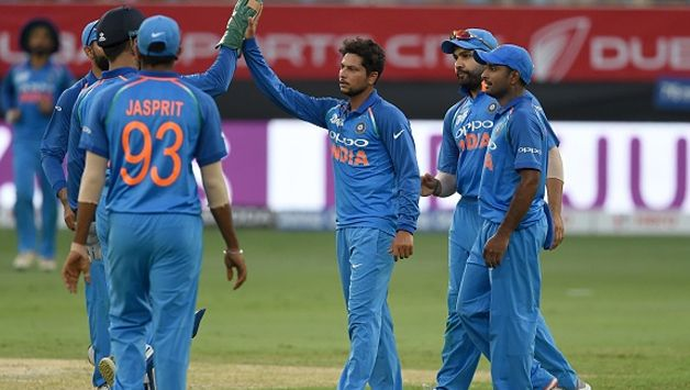 Kuldeep struck two telling blows as Pakistan were pulled back