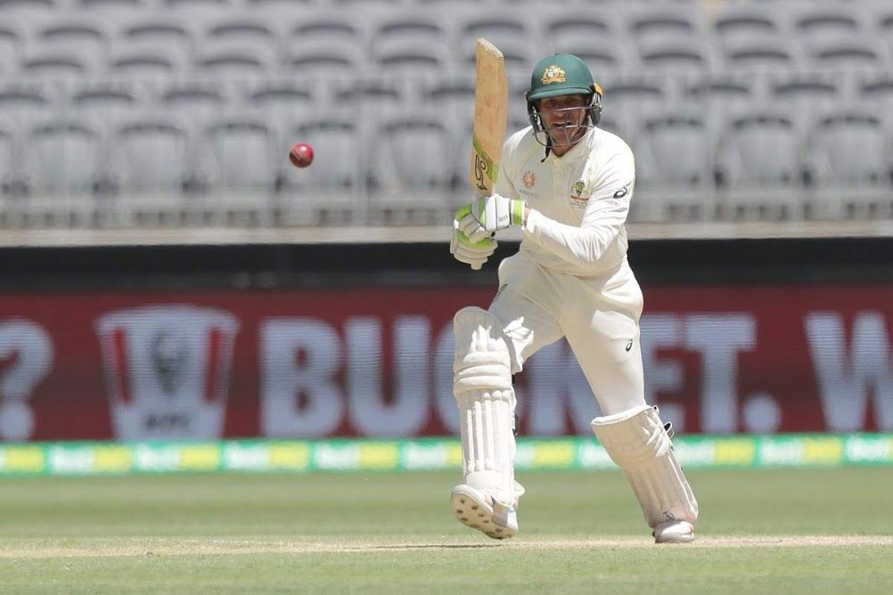 Usman Khawaja batted his way to a very handy fifty before lunch.