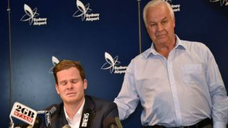 Tearful Steven Smith takes 'full responsibility' for ball-tampering saga