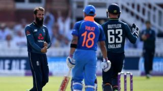 Plunkett picks 4 wickets as ENG level ODI series against IND