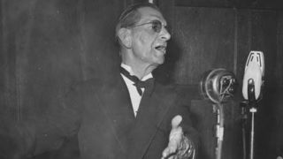 Neville Cardus performed the alchemy of changing reportage to literature