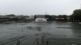 Rain plays spoilsport at Lunch on Day 5; SA 55/2