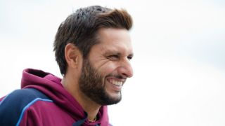Breaking: Afridi supports MNS, calls for ban on Pak artists performing in India