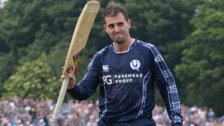 MacLeod wants SCO to play more games