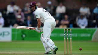 Renshaw continues his good run for Somerset