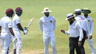 Chandimal receives 1-Test ban for ball-tampering
