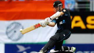 Williamson's ton helps Knights post mammoth 206/5