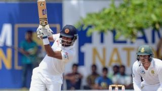 Dimuth Karunaratne becomes 4th Sri Lankan to carry the bat through a completed innings