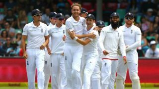 England's Stuart Broad to undergo ankle scan