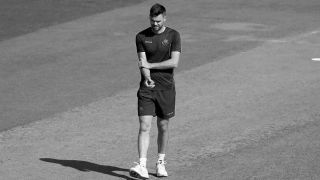 James Anderson aims post-injury return, to play Roses match